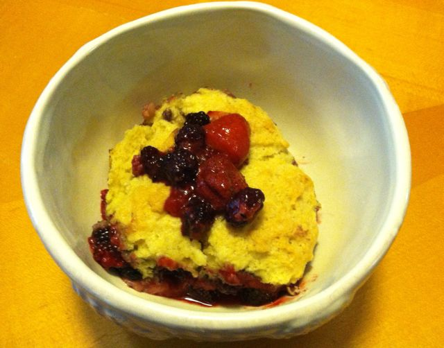 vegan berry cobbler